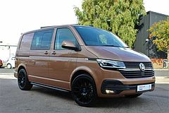 Volkswagen Transporter T32 Kombi Highline SWB 150 PS 2.0 TDI 7sp DSG-Great Spec Demonstrator